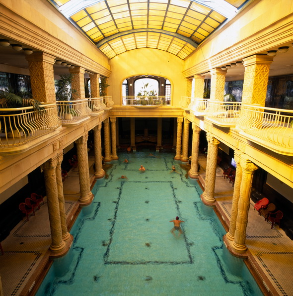 Gellért spa in Budapest / © Hungarian National Tourist Office