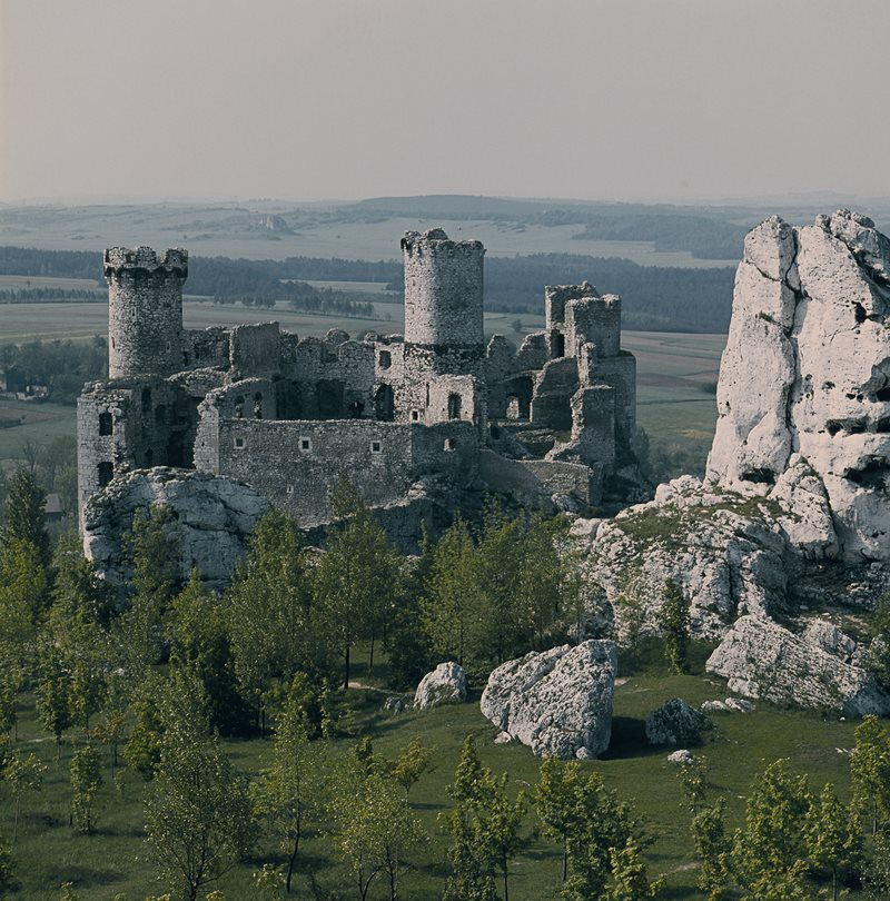 Poland -  Ogrodzieniec - Ruins of Medieval Castle