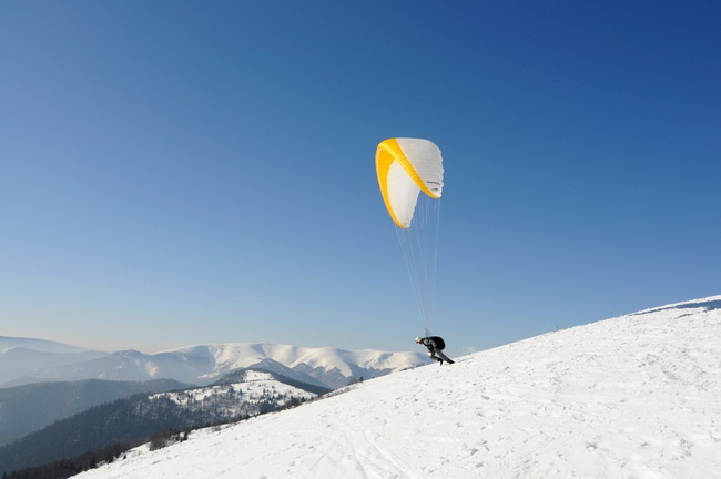 Paragliding in Snowpark Donovaly / Source: Slovak Tourist Board
