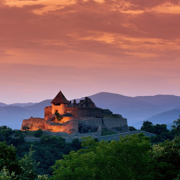Things to do and see - top 15 castles in hungary